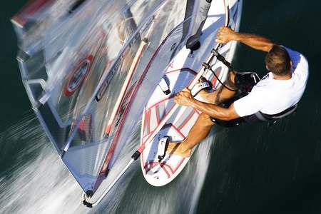 Stage initiation planche voile Hyeres Var 83