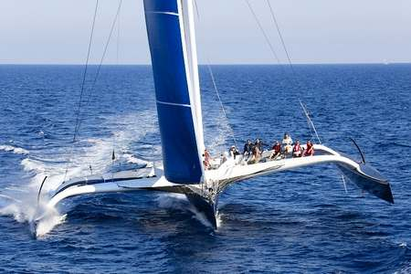 Demi-journee trimaran course Sete