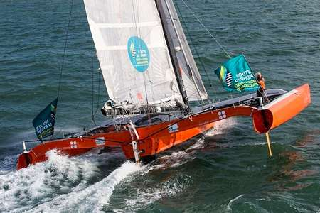 Demi-journee trimaran course Port Blanc