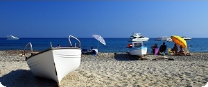 location de bateau moteur louer un bateau moteur avec ou sans permis location de bateaux. Black Bedroom Furniture Sets. Home Design Ideas